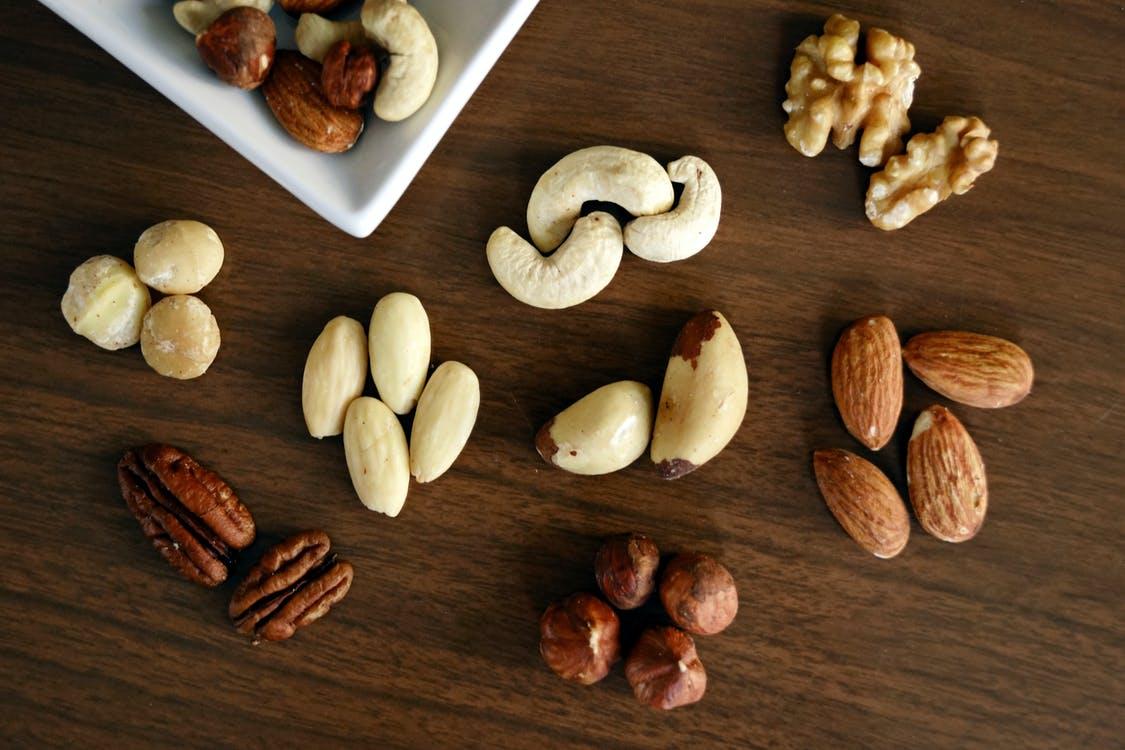 ořechy různé druhy